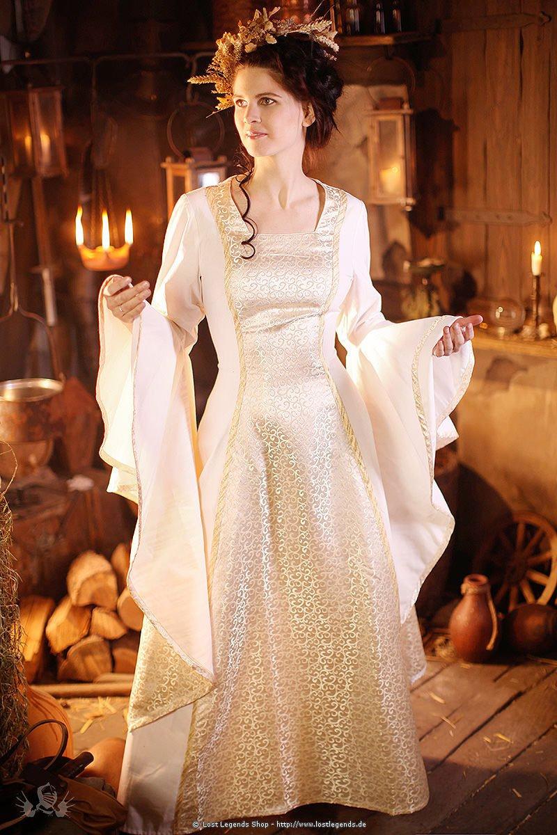 Steckbriefe Mittelalter-hochzeitskleid-baumwolle--09725