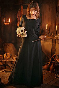 Fantasy Kleid Dark Priestess