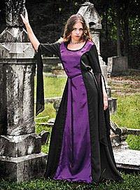 Gotisches Gewand schwarz-violett