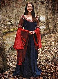 Hochmittelalter Kleidung mit Trompetenärmeln, Elbenkleid